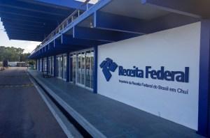 Border Crossing: Brasil to Uruguay at Chui/Chuy