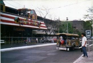 fiesta-carnival-cubao