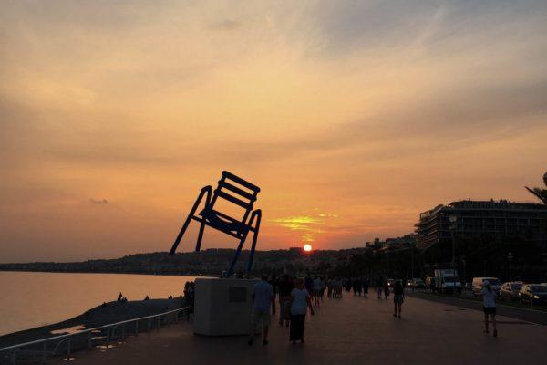 Coucher-de-soleil-promenade-des-anglais-Nice-e1488383883662-600x400
