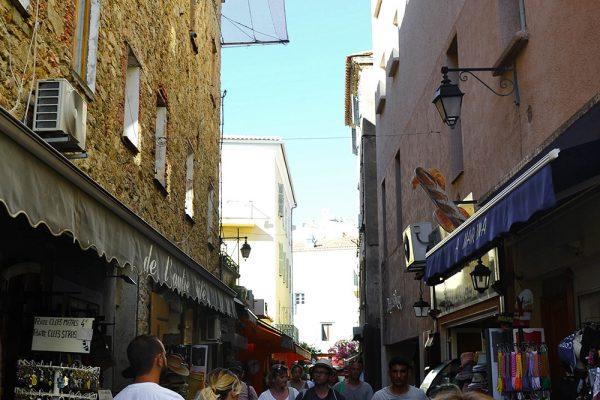 rue-georges-clemenceau-calvi-2-600x400