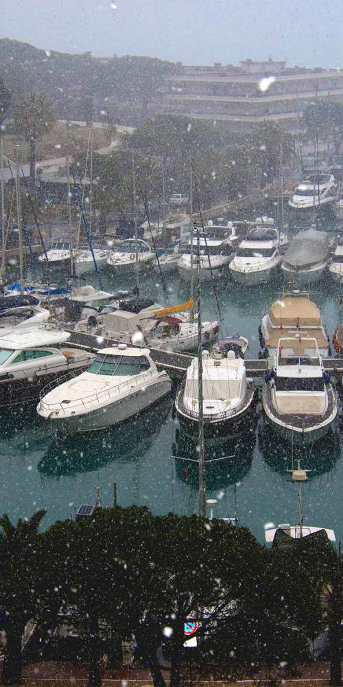 port-de-marina-baie-des-anges-flocons-fevrier-2018