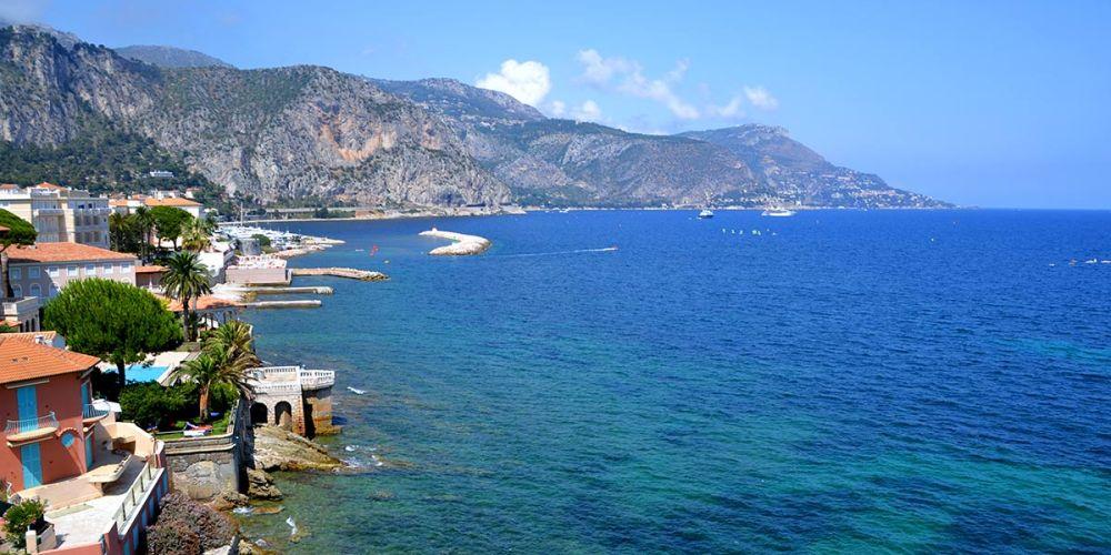 monaco-vue-villa-grecque-kerylos