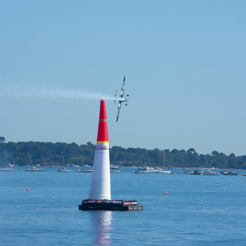 cannes-red-bull-air-race-aviation-croisette-cote-dazur-france