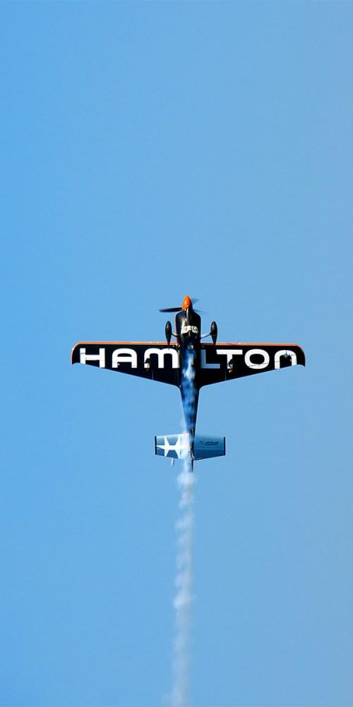 hamilton-nicolas-ivanoff-cannes-red-bull-air-race