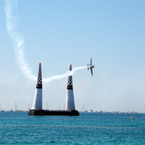 red-bull-air-race-pilote-course-avion-cannes