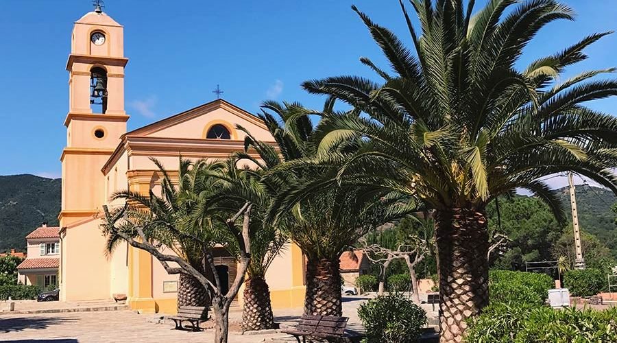 eglise-de-galeria-corse-village