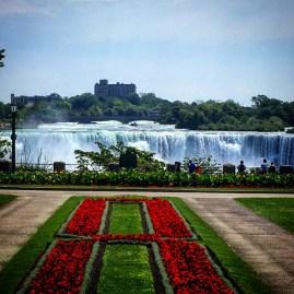 American Niagara falls - Canada