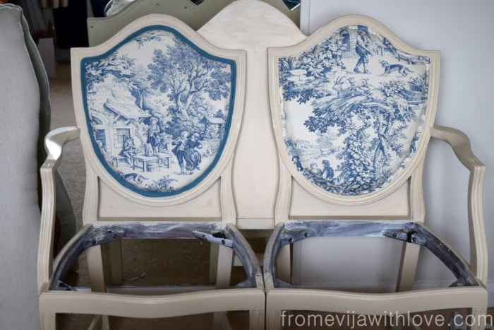 toile-de-jouy-fabric-upholstery