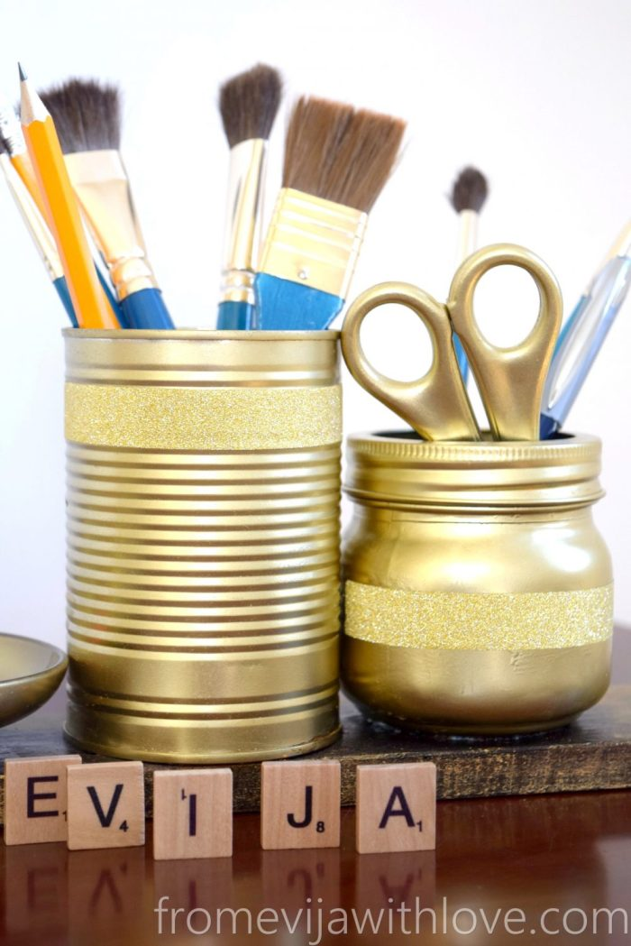 gold-brush-holder