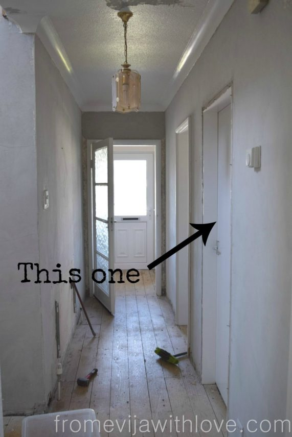 hallway-before-arrow