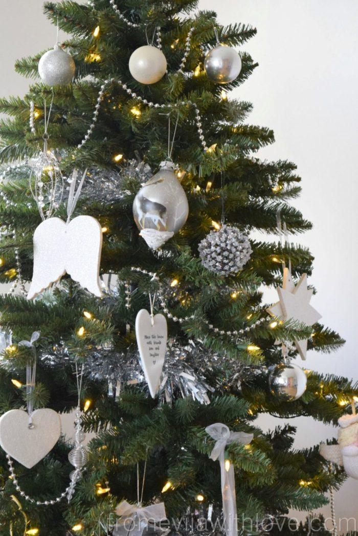 christmas-decor-tree