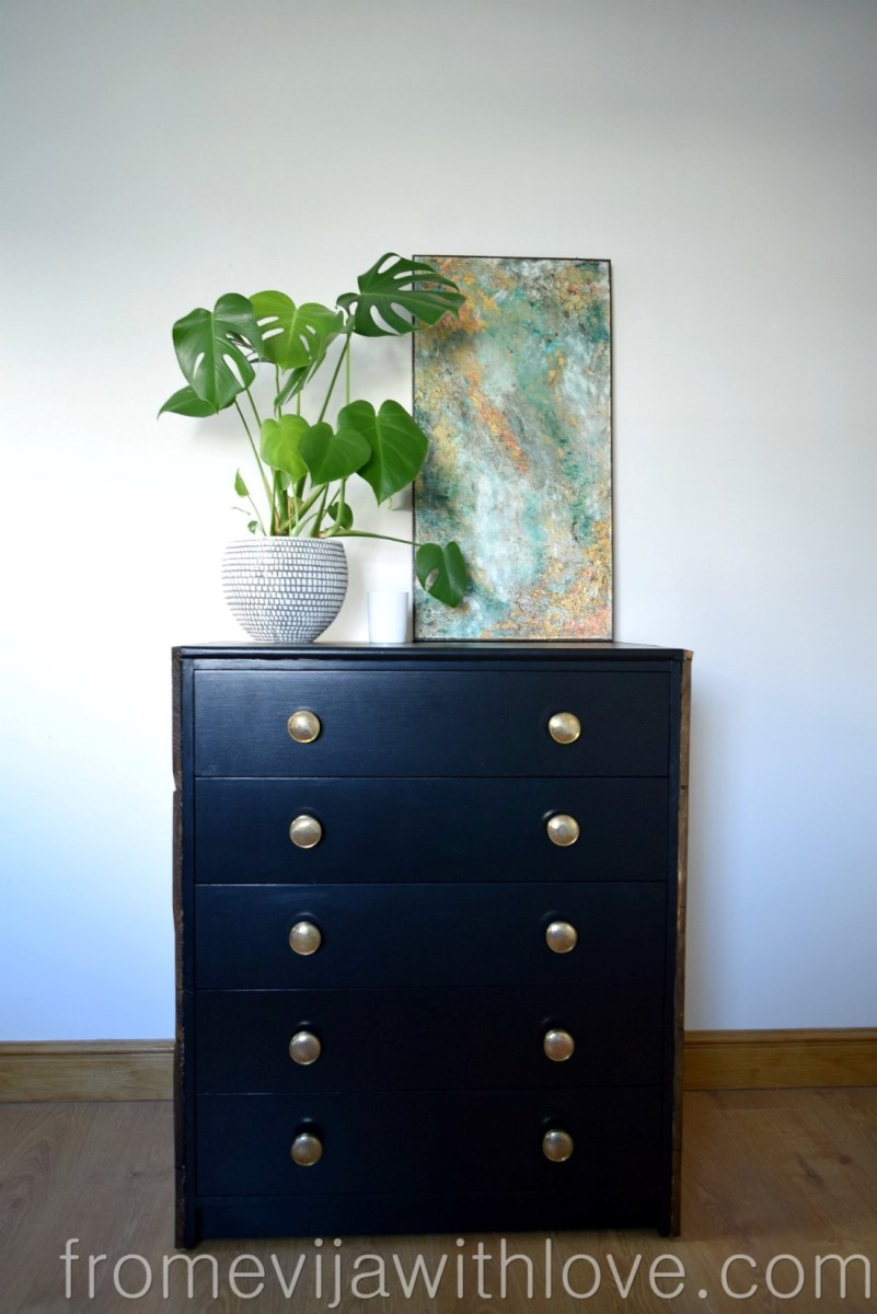 How to Transform Chest of Drawers using Pallets and Paint