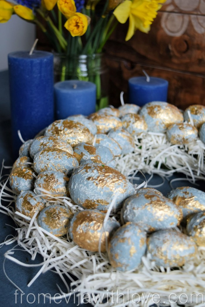 make your own textured easter egg wreath