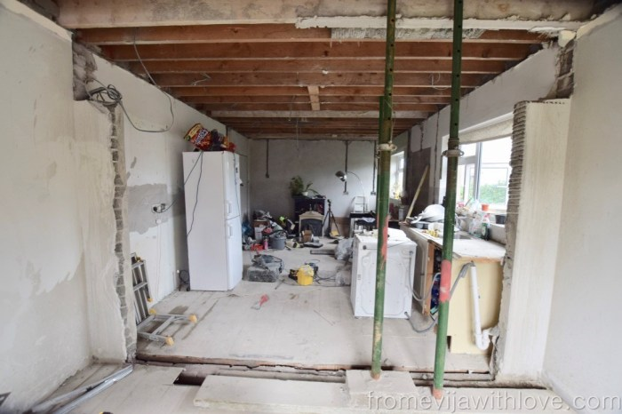 Kitchen Renovation Diaries - load bearing wall - acrow props
