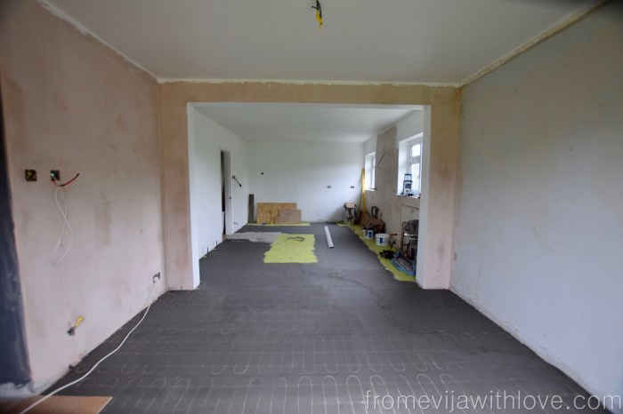 Kitchen renovation levelling the floors and underfloor heating