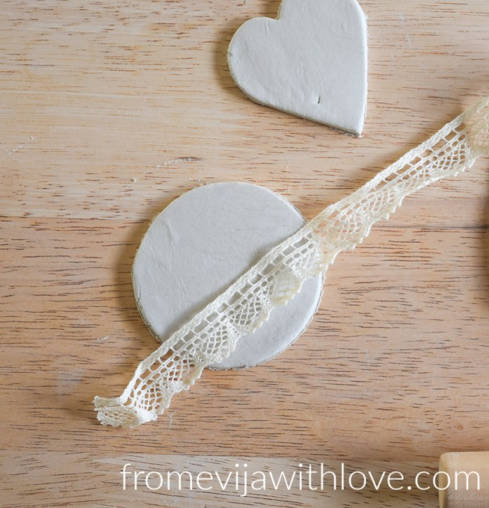 Beautiful Christmas air clay ornament using lace ribbon