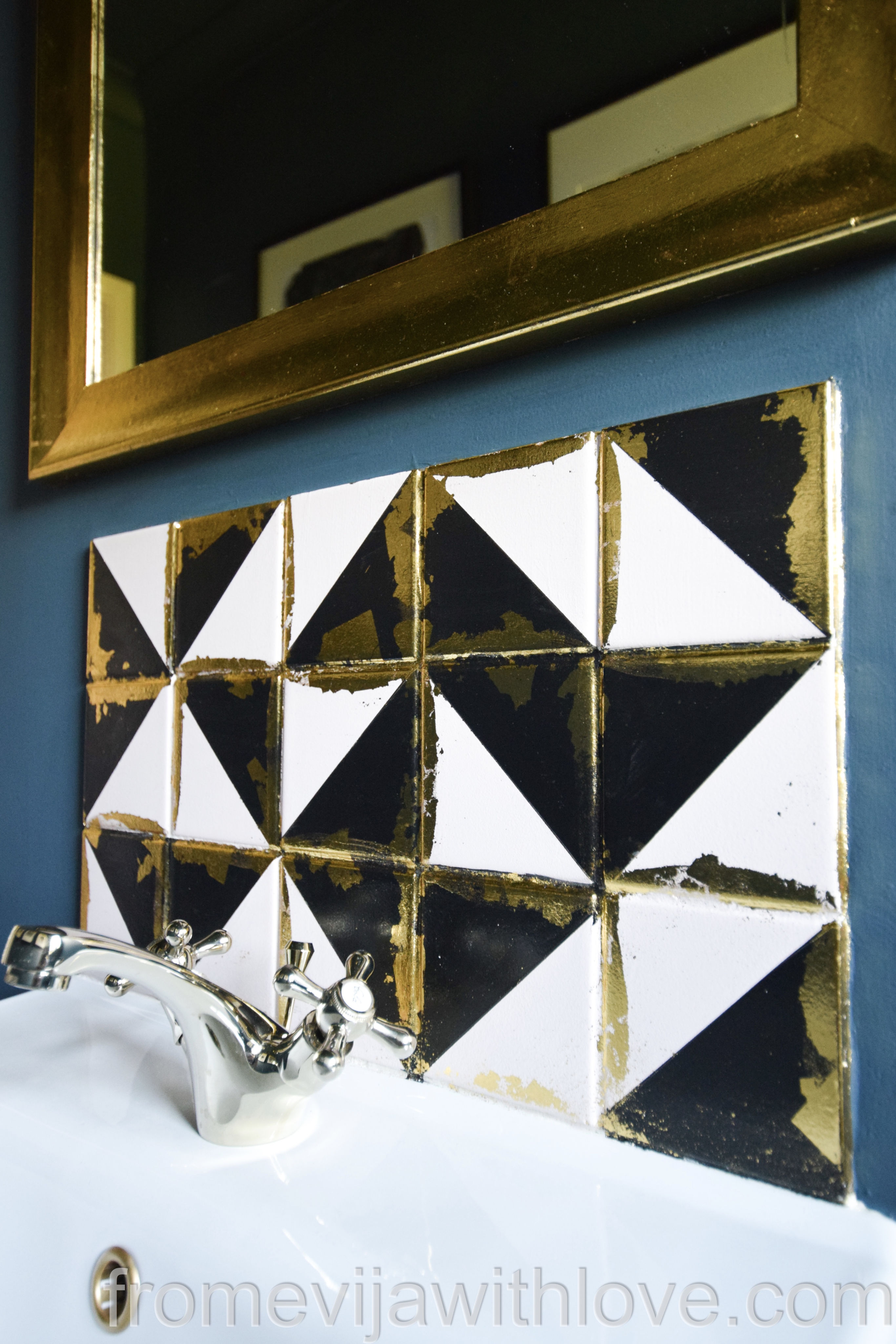 Beautiful DIY geometric deco art inspired backsplash