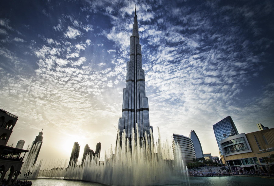 Burj Khalifa - Fountain Show - Dubai Fountain