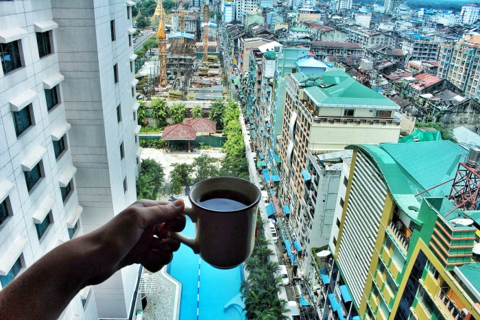 sule shangrila luxury hotel yangon view