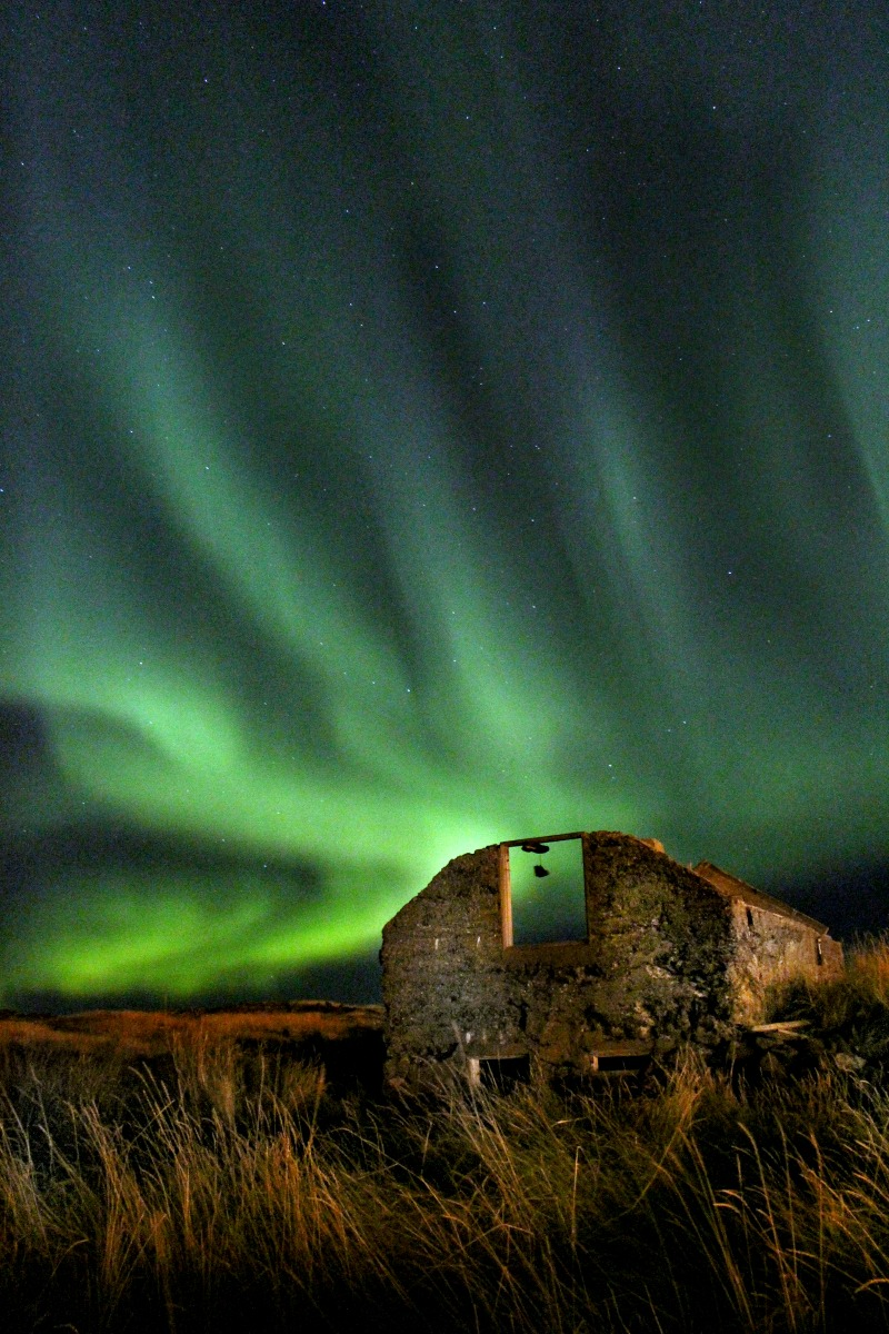 northern-lights-iceland-2