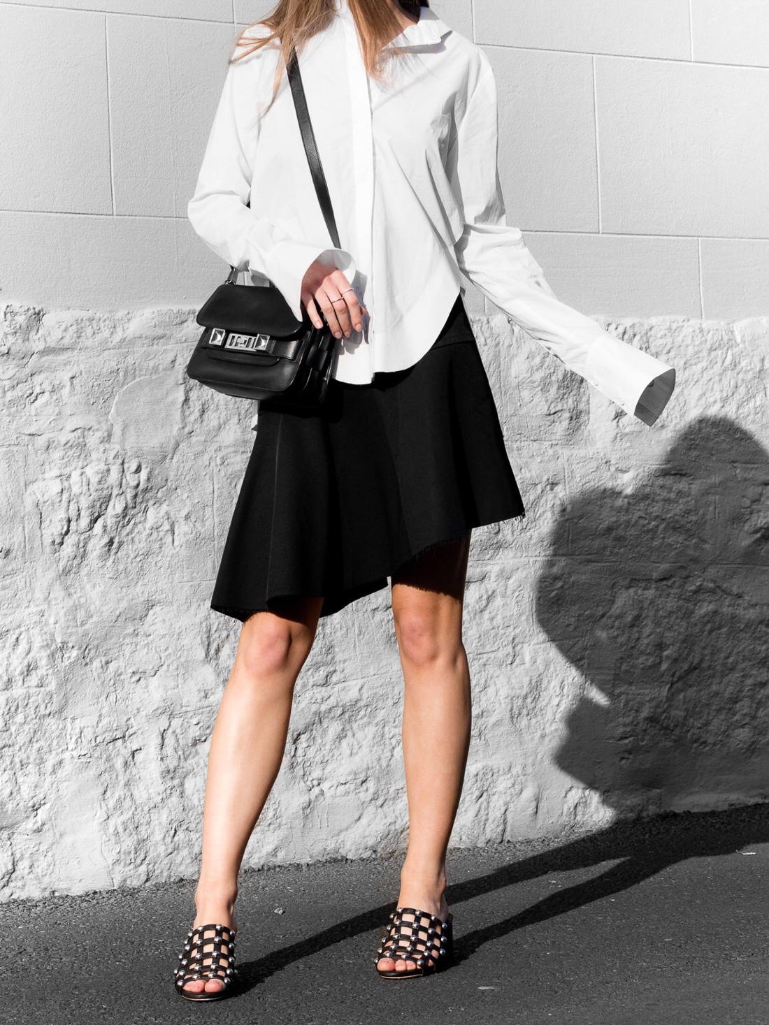 The White Shirt With A Twist Proenza Schouler PS11 mini bag outfit