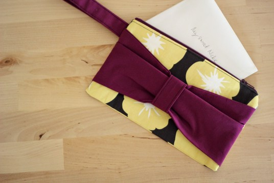 madrona road bow clutch