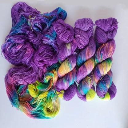 Chasing Rainbows colorway