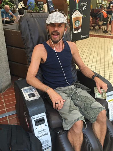 Massage chair - on the way to Vegas