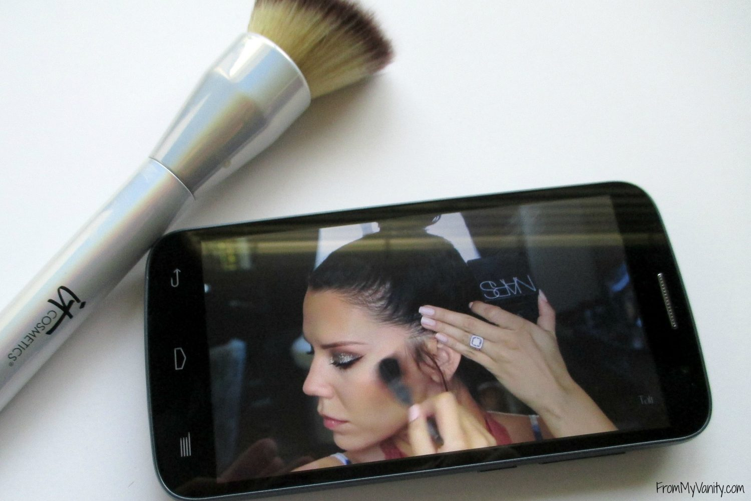 5-ways-i-use-my-data-in-my-beauty-routine-youtube