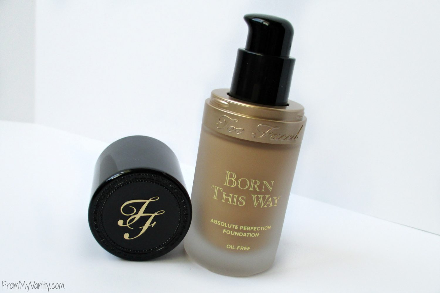 Too Faced Born This Way Foundation Review // FromMyVanity.com #TooFaced #BornThisWay
