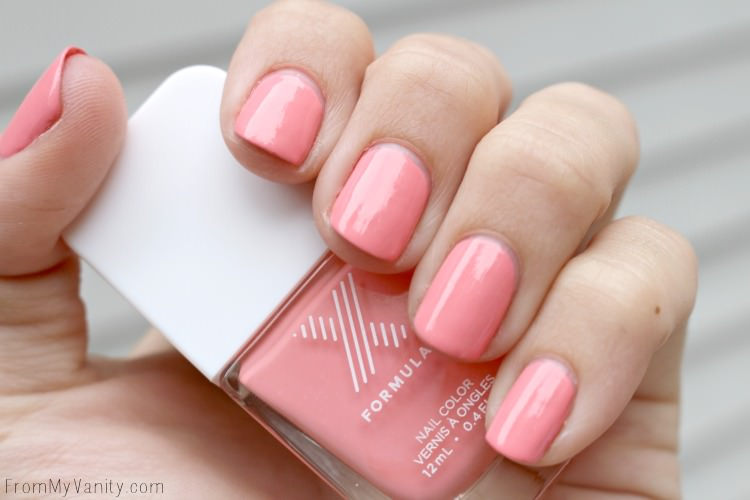 Manicure using FormulaX from Sephora nail polish in TGIF!