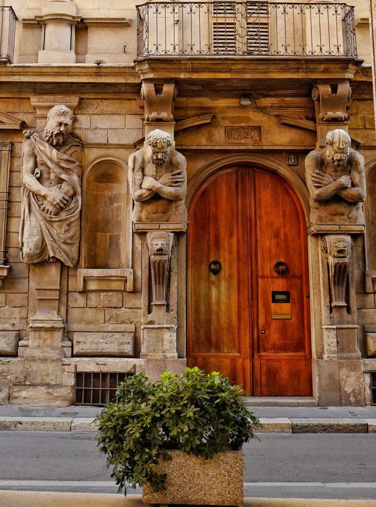 Omenoni House of Leone Leoni Milan