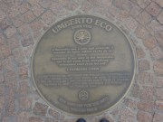 Umberto Eco, sur la promenade