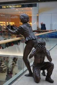 Sculptures in Bratislava - 2 spectators