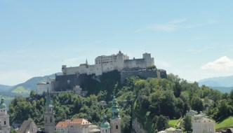 High above the city: The fortress Hohensalzburg