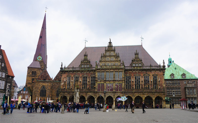 Market Place in Bremen The Bremen Town Hall