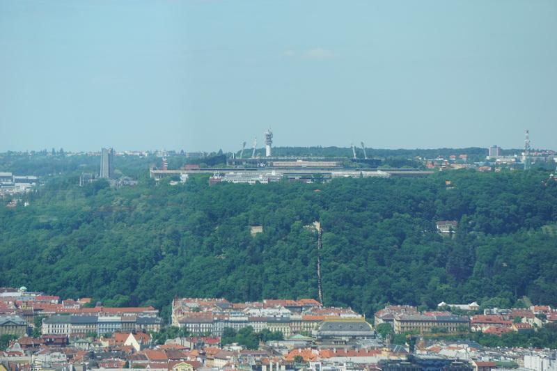 Žižkover TV Tower - TOWER PARK PRAHA