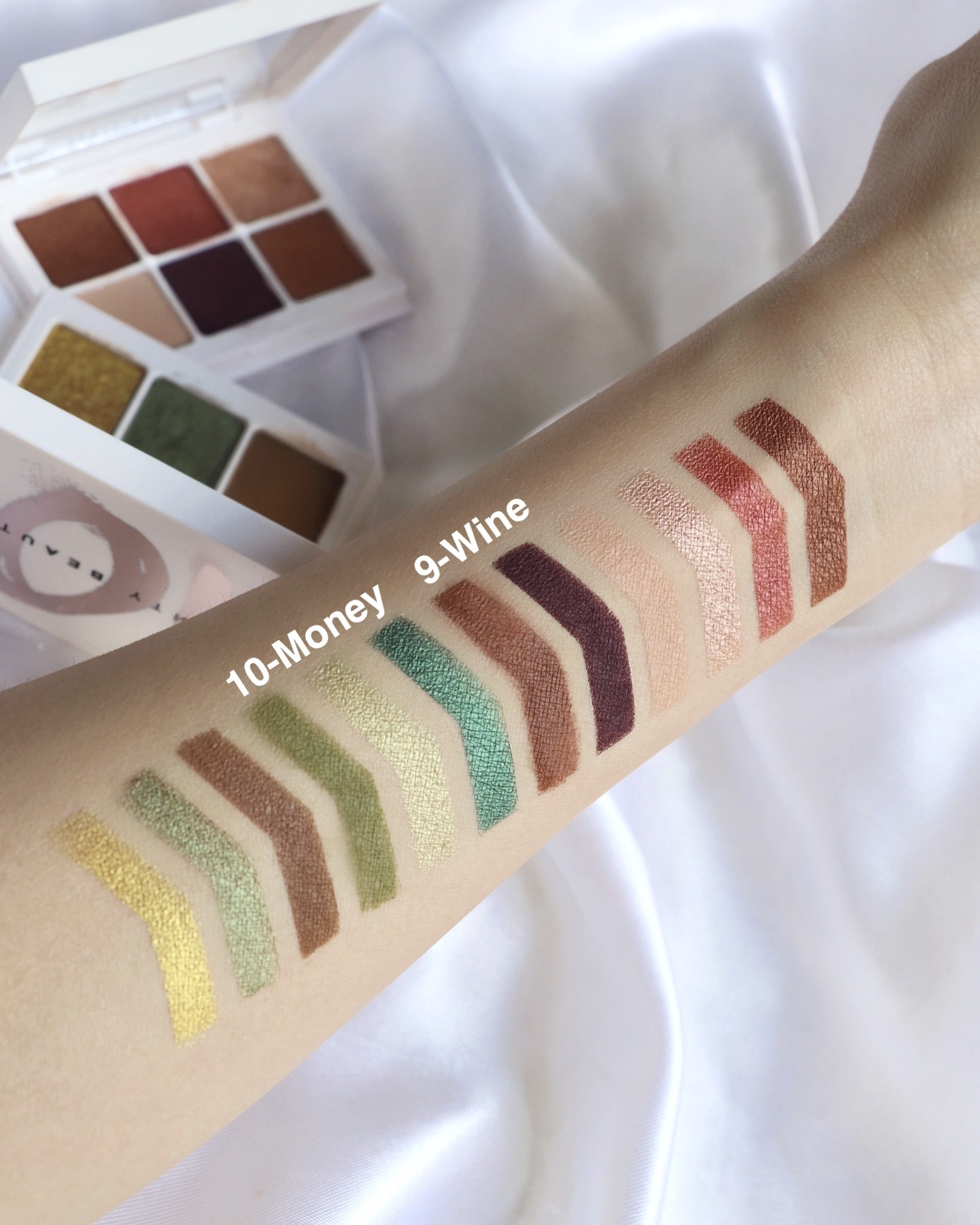 Fenty Beauty NEW SNAP SHADOWS MIX & MATCH EYESHADOW PALETTE Swatches