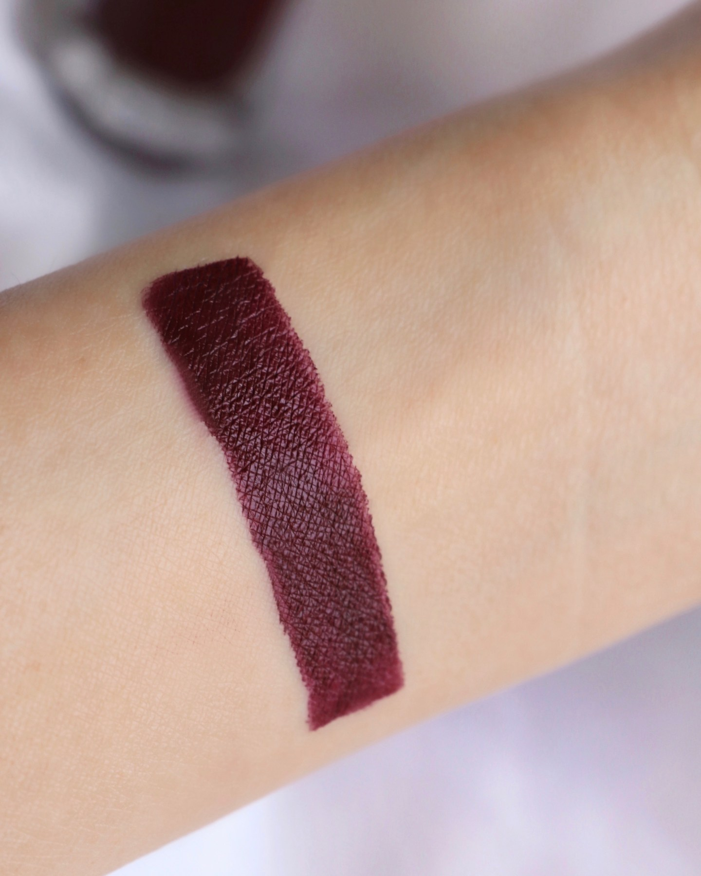 Fenty Beauty STUNNA LIP PAINT LONGWEAR FLUID LIP COLOR UNDERDWAWG Swatch
