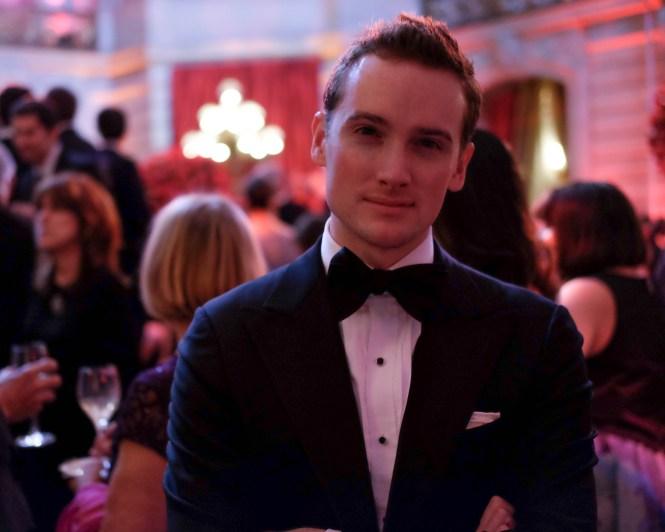 suitsupply tuxedo black tie