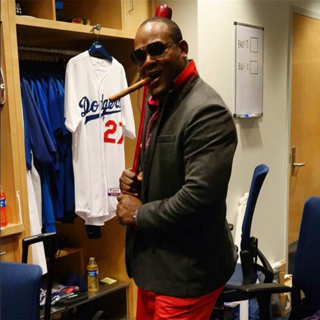 uribe+in+red+pants