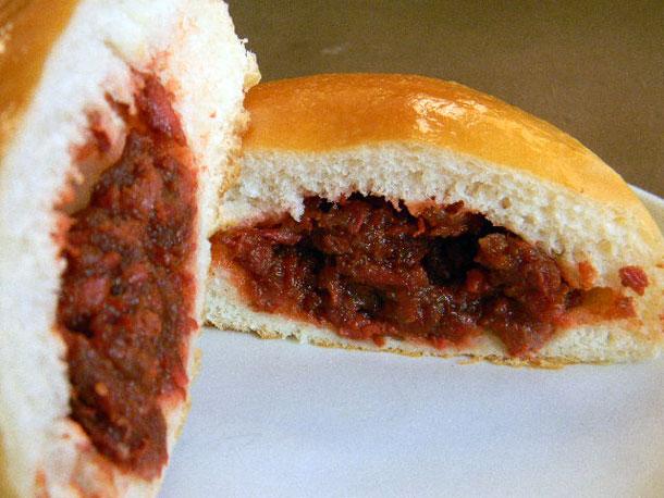 20120114-238504-staff-pick-chinese-restaurant-chiu-quon-bakery