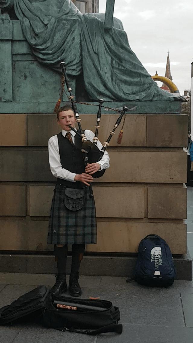 Bagpipes at the Edinburgh Festival #fromthecornertable fromthecornertable, streets of edinburgh, from the corner table, edinburgh, scotland, travel blog