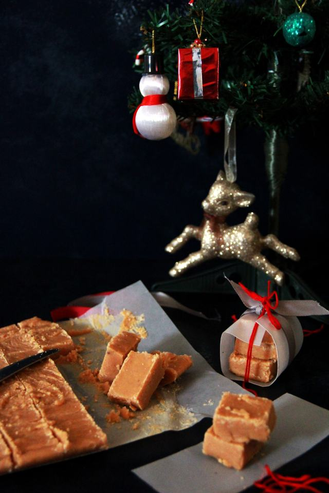 #fromthecornertable, from the corner table, fromthecornertable, food blog, travel tuck-in talk,christmas food, christmas gifts, homemade, merry christmas, scotland desserts, scottish sweets, scottish tablet,