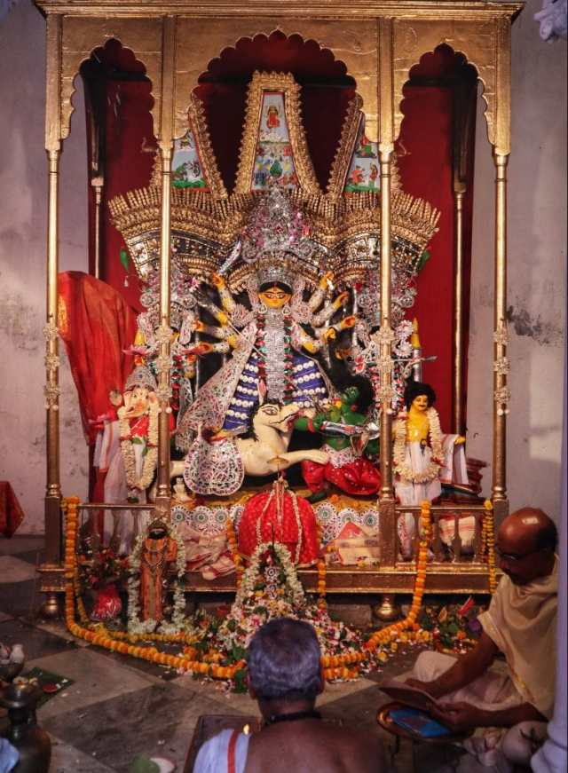 fromthecornertable, from the corner table, durga puja, bonedi bari puja, nilmani mitra