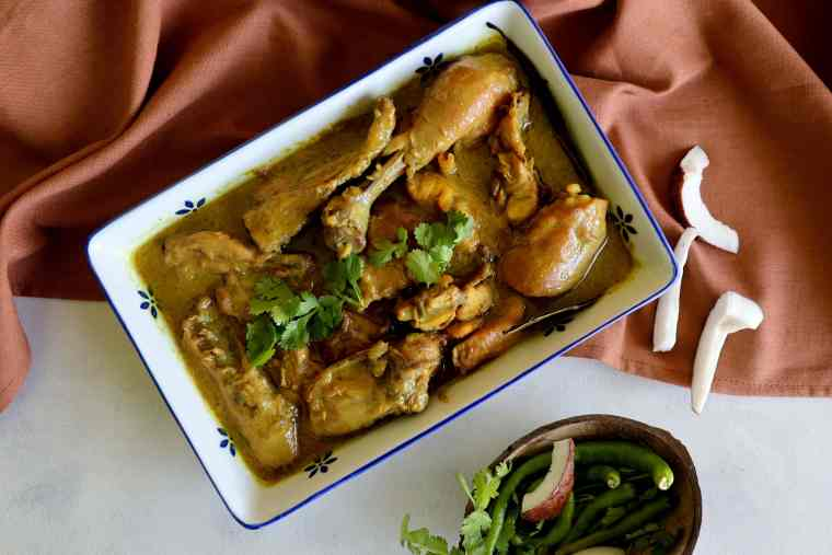 fromthecornertable, from the corner table, traveltuckintalk, tuck-in, bengalifood, bengalirecipe, chicken, coconut gravy, narkel malai murg