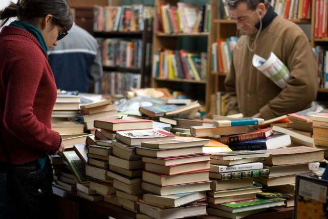 books-389392_1920