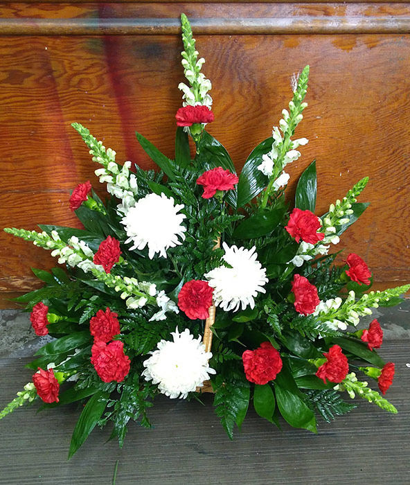 Sympathy and Funeral Arrangements - Memorial Flowers - From the Heart Florist