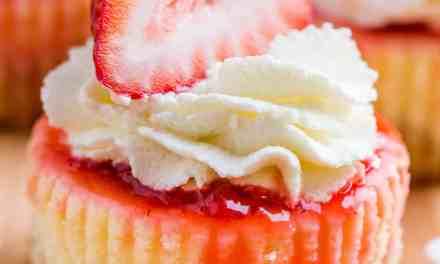 Mini Strawberry Cheesecakes Recipe