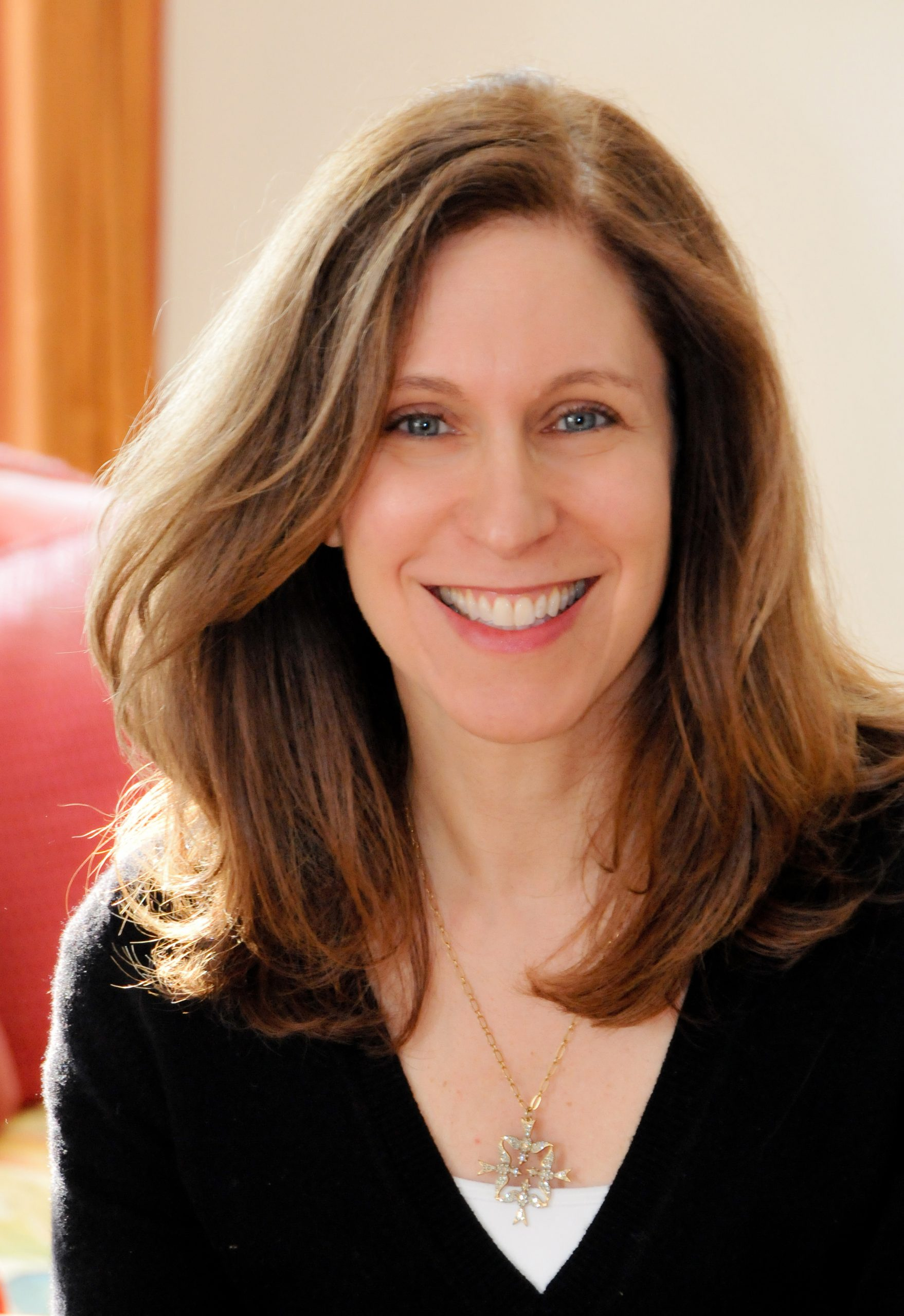 Interview with Lauren Tarshis, author of the super popular I SURVIVED series, now with a new 9/11 graphic novel